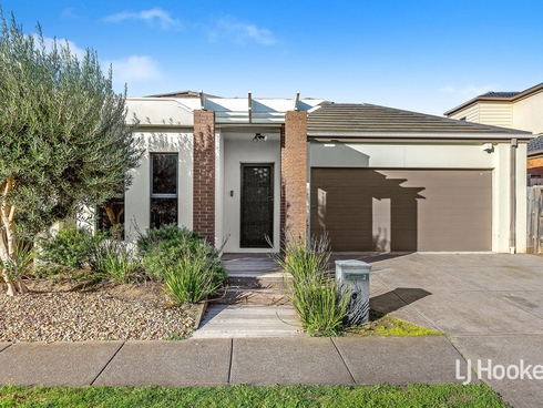 26 Kirkstone Road Point Cook, VIC 3030