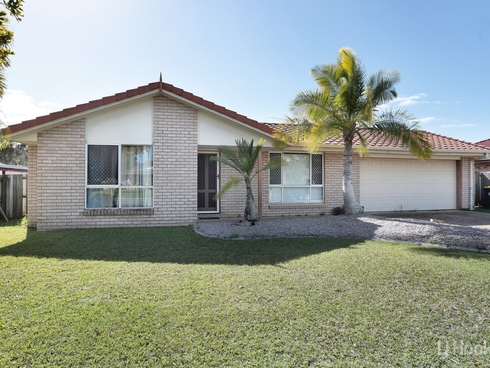 180 Bestmann Road East Sandstone Point, QLD 4511