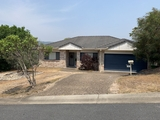 4 Cobbler Place Pacific Pines, QLD 4211