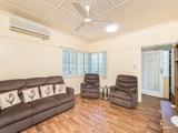 44 Tung Yeen Street Park Avenue, QLD 4701