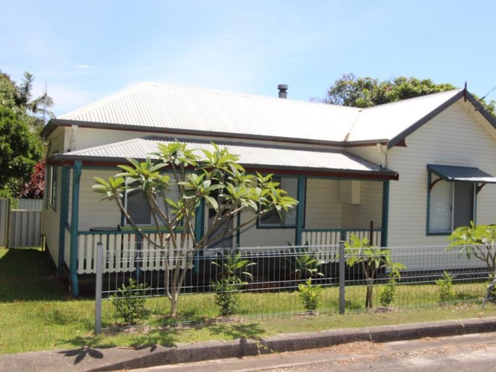 31 Church Street Harrington, NSW 2427