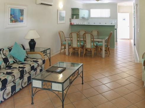 Unit 209/6 Triton Street Palm Cove, QLD 4879