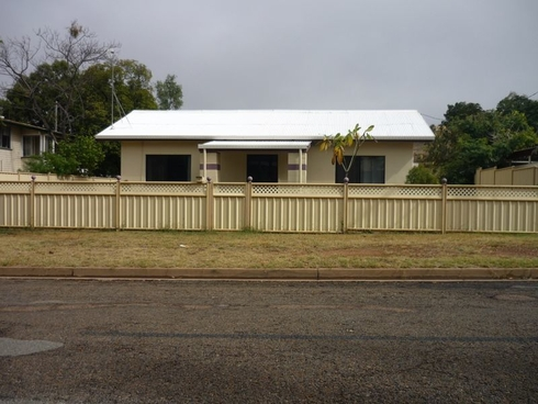 3 Corbould Street Mount Isa, QLD 4825