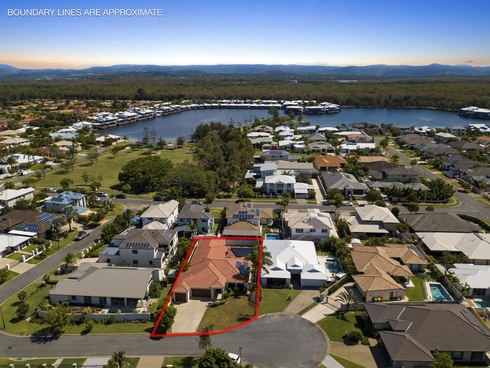 8 Lagos Court Coombabah, QLD 4216
