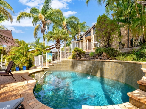 42 Armstrong Way Highland Park, QLD 4211