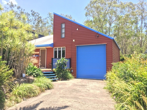 20 George Street Somerset Dam, QLD 4312