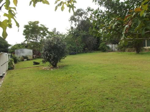 11 Scarborough Terrace Macleay Island, QLD 4184
