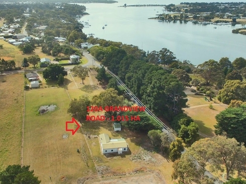 120A Grandview Road Paynesville, VIC 3880
