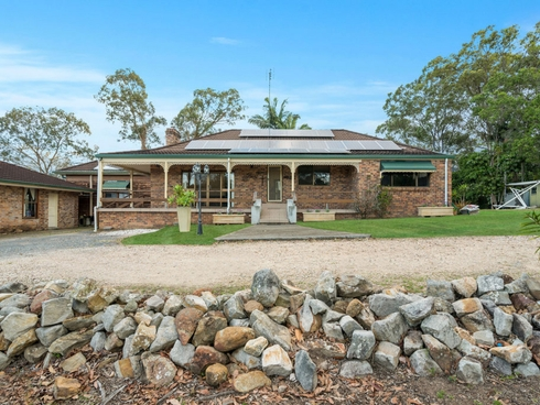 32 Thredbo Drive Worongary, QLD 4213
