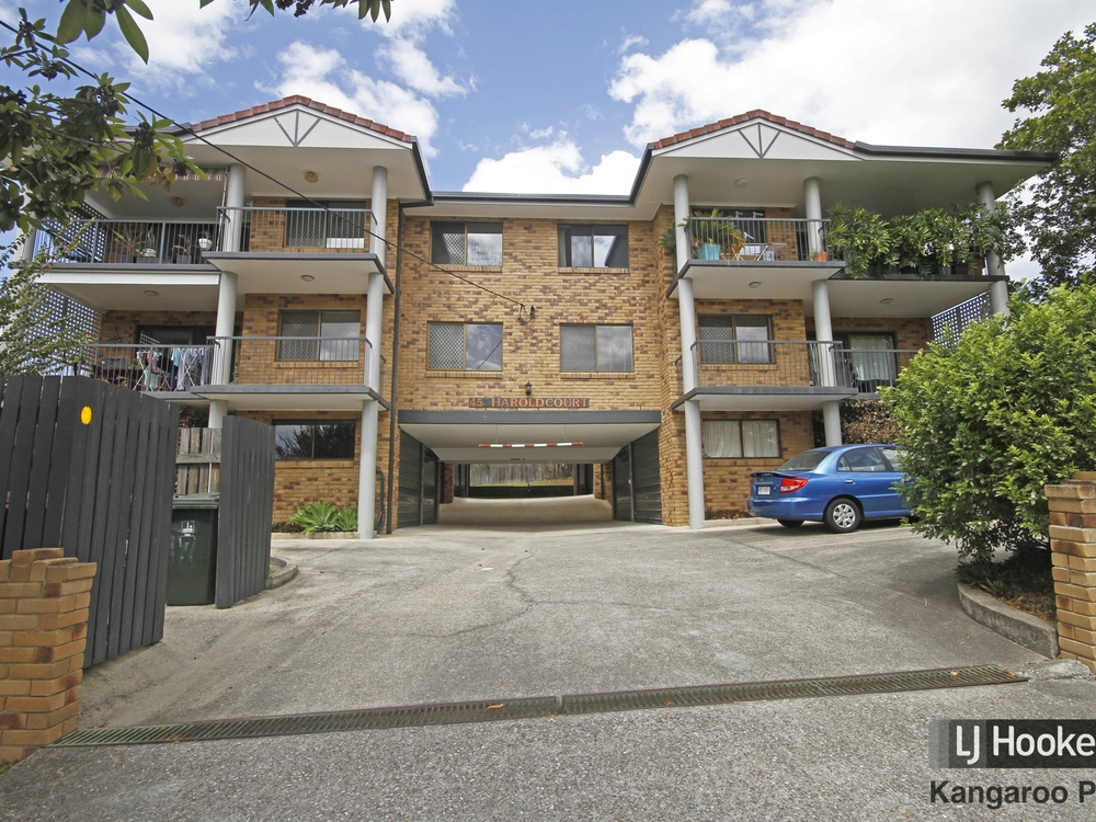 4/45 Harold Street Holland Park, QLD 4121