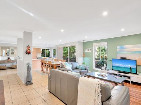 16 Kowhai Place Nerang, QLD 4211