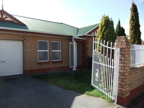 1/9 Hennessy Terrace Rosewater, SA 5013