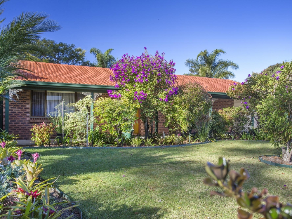 30 Bangalow Street Narrawallee, NSW 2539
