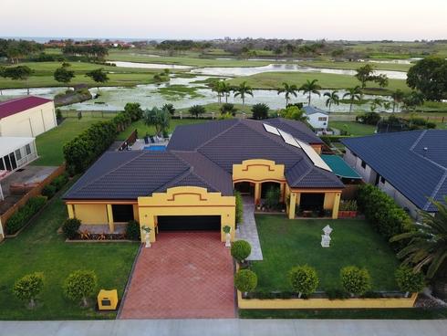 198 Barolin Esplanade Coral Cove, QLD 4670