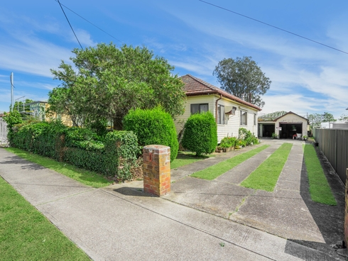 35 Lake Road Swansea, NSW 2281