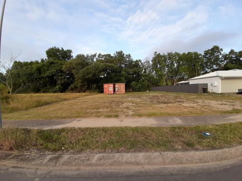 42 Ives Avenue Wonga Beach, QLD 4873