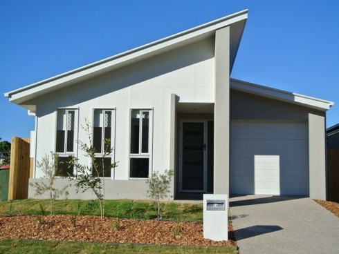 24 Powell Close New Auckland, QLD 4680