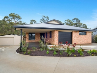 57 Staff Road Electrona , TAS, 7054