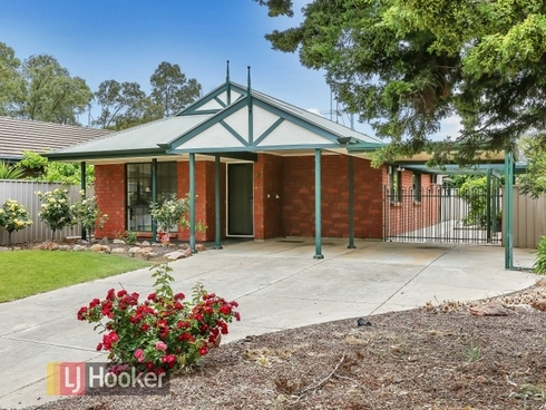 5 McDermott Place Green Fields, SA 5107