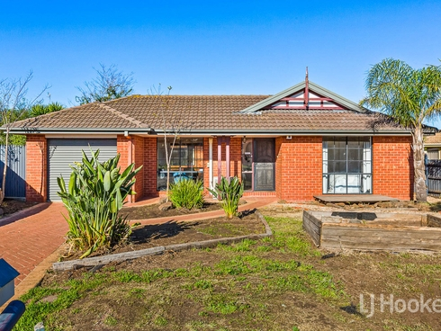 8 Goldenfleece Place Hoppers Crossing, VIC 3029