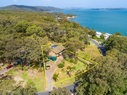 66 Promontary Way North Arm Cove, NSW 2324