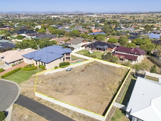 37 Ebony Close Hillvue , NSW, 2340