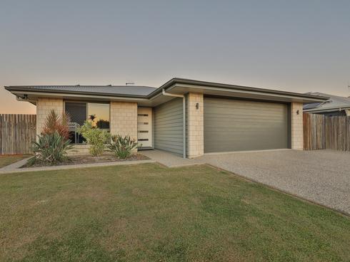 43 Powers Street Burnett Heads, QLD 4670