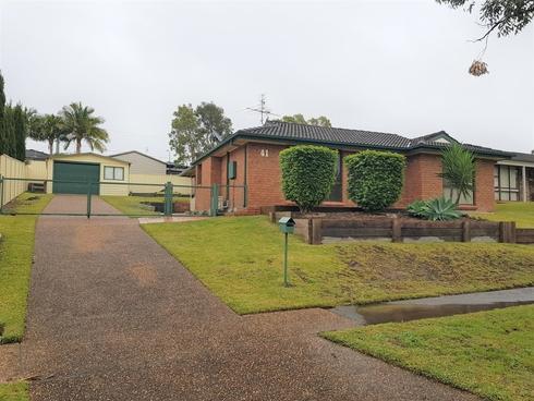 41 Kestrel Avenue Mount Hutton, NSW 2290