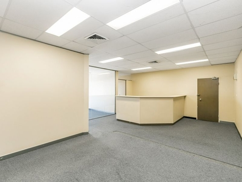 Suite 1/220 The Entrance Road Erina, NSW 2250