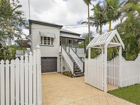 18 Luya Street Fairfield, QLD 4103