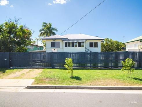 9 Thackeray Street Park Avenue, QLD 4701