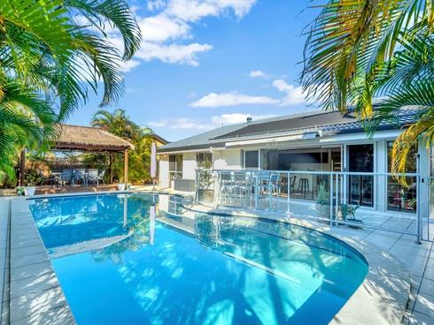61 Jabiru Avenue Burleigh Waters, QLD 4220