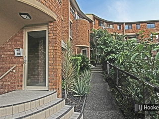 8/45 Lambert Street Kangaroo Point, QLD 4169