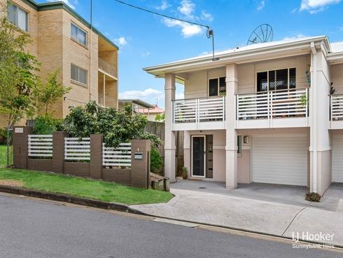 1/31 McLay Street Coorparoo, QLD 4151