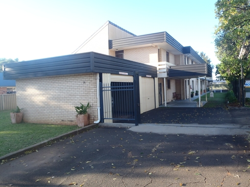 2/21 Baird Street Dubbo, NSW 2830