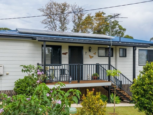 7 Carnation Court Russell Island, QLD 4184