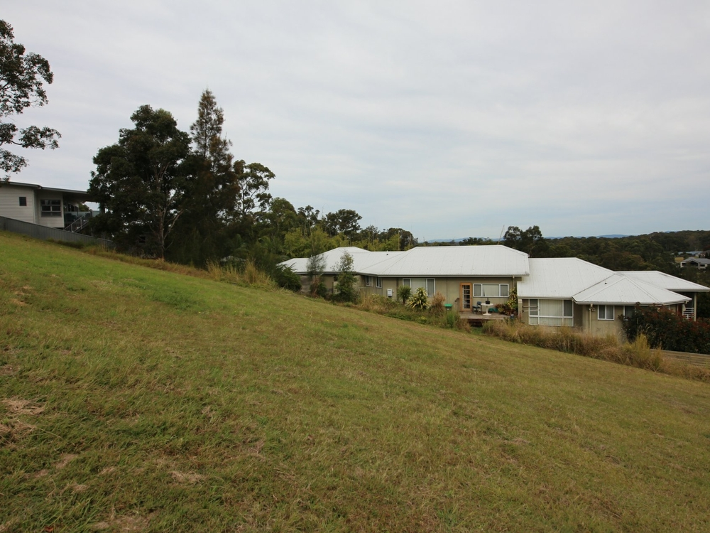 25 Hilltop Parkway Tallwoods, NSW 2430