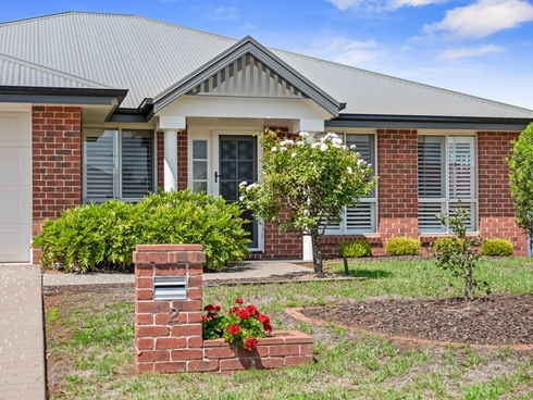 2 Degan Court Highfields, QLD 4352