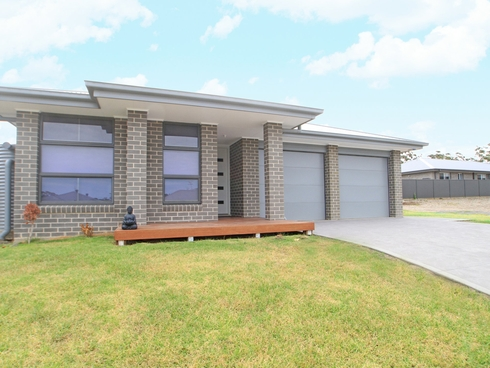 6 Hastings Parade Sussex Inlet, NSW 2540