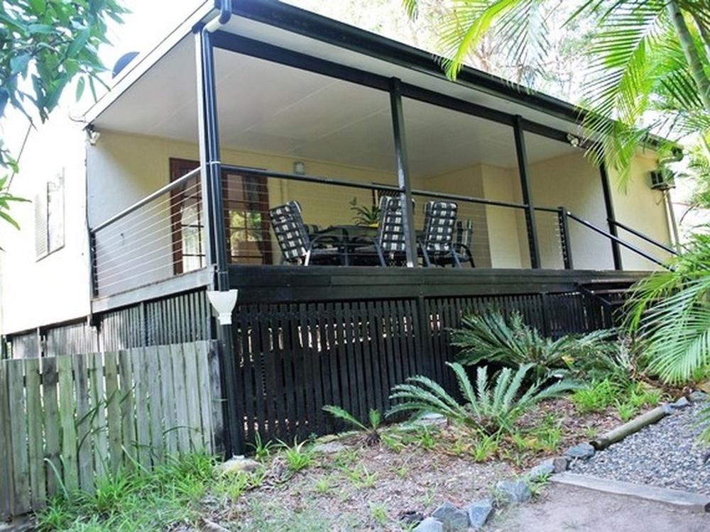 9 Aruma St Macleay Island, QLD 4184