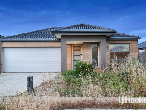 6 Leon Drive Weir Views, VIC 3338