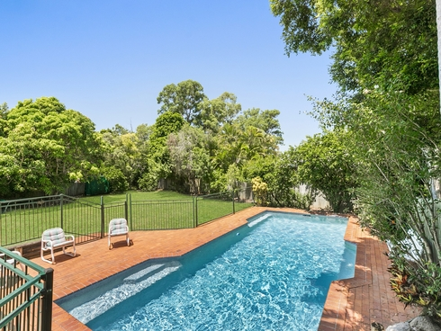 7 Ngeringa Crescent Chapel Hill, QLD 4069
