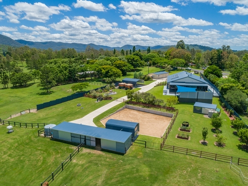 22 Shapland Drive Royston, QLD 4515