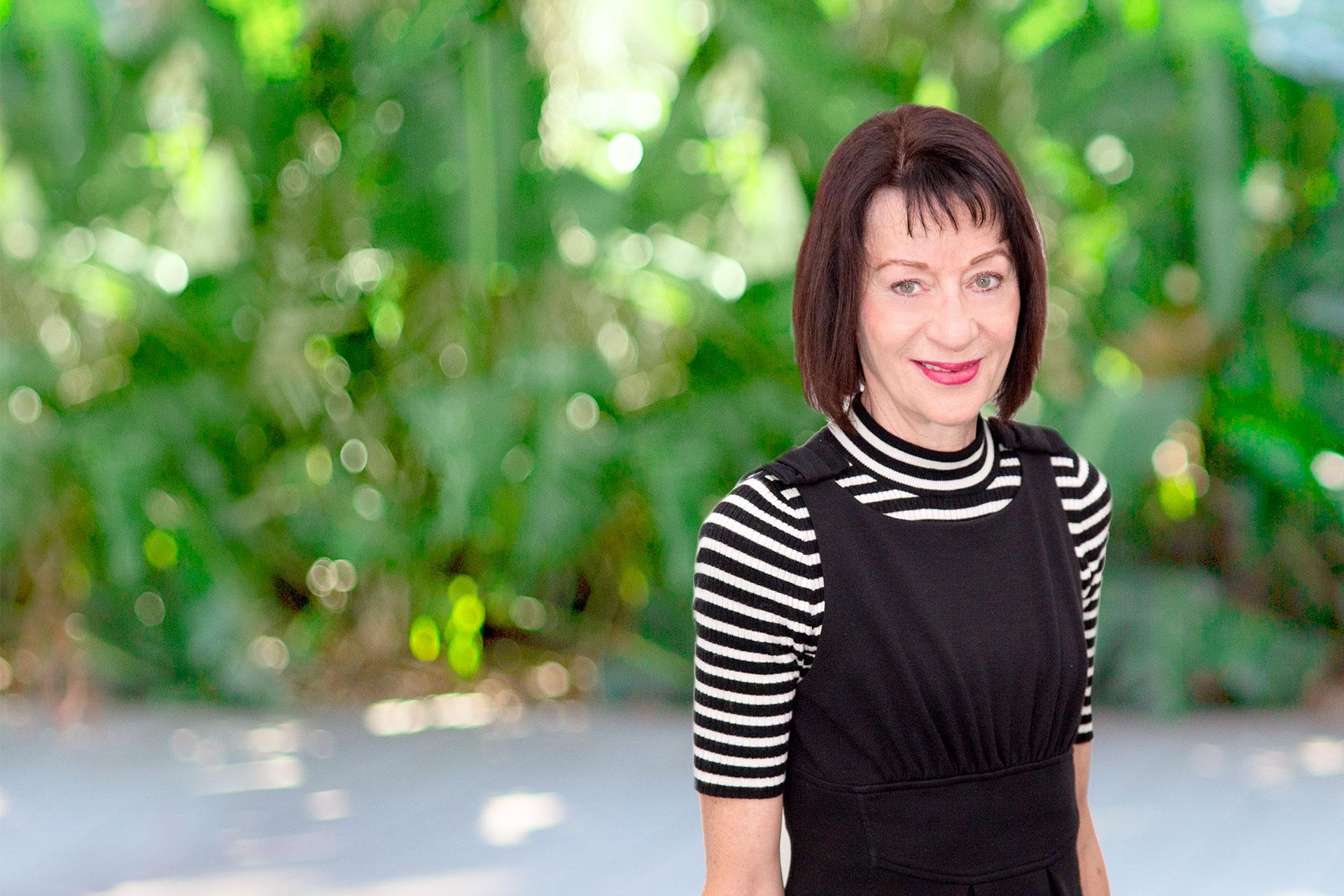 Robyn Newton