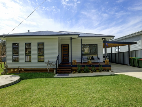 38 Coonabarabran Rd Coomba Park, NSW 2428