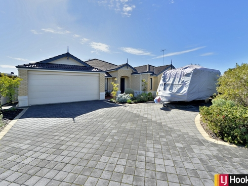 11 Caslano Road Meadow Springs, WA 6210