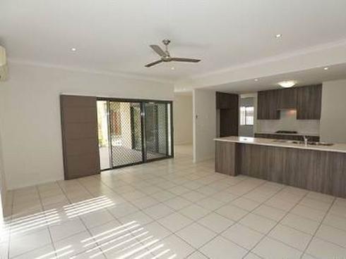21 Larcom Rise West Gladstone, QLD 4680