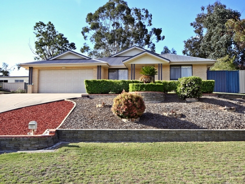 16 Chablis Close Muswellbrook, NSW 2333