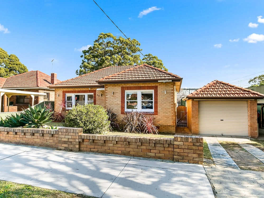 23 Northcott Avenue Kingsgrove, NSW 2208