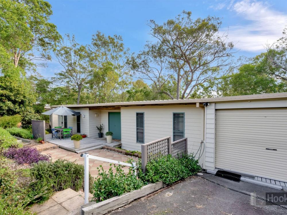 63 Tamworth Drive Helensvale, QLD 4212